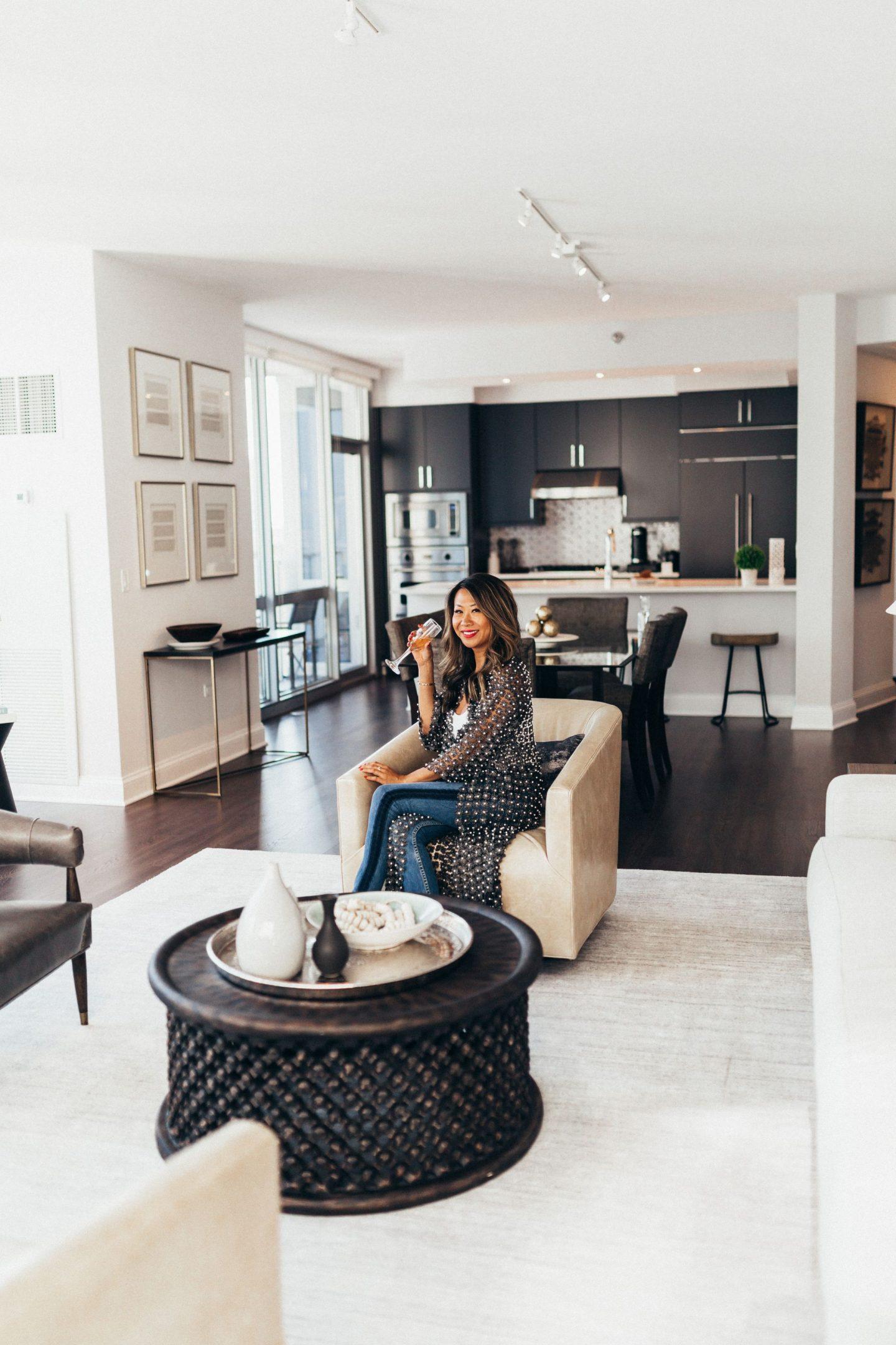 Two West Delaware, Luxury Rental Property Chicago, Best Rental Chicago, Best apartments in Chicago