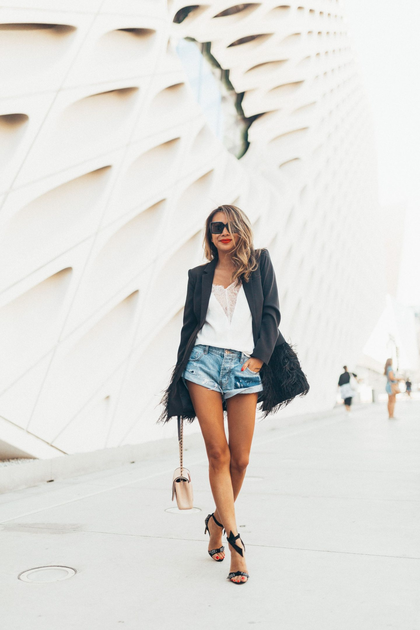 Chicago Travel Blogger, Chicago Best Fashion Blogger, Jennifer Worman, Los Angeles, LA girls trip, Kimpton Everly Hotel, Hollywood, going out style, summer style, denim shorts, blazer