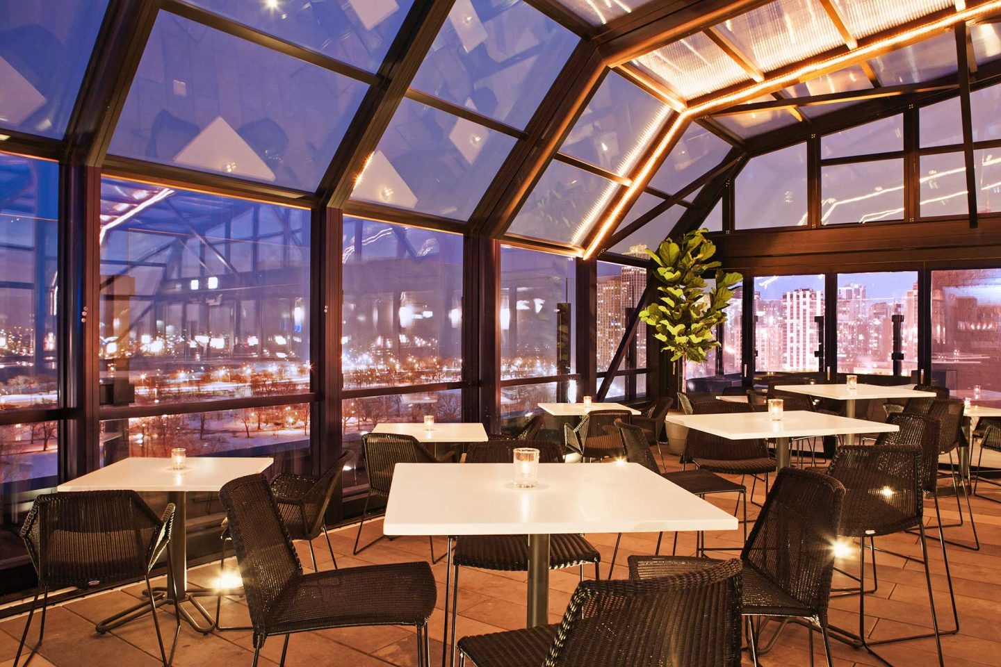 best rooftop bars in chicago, best bars in Chicago, chicago guide, what to do in Chicago, travel guide, Jennifer Worman, Red Soles and Red Wine, The J Parker