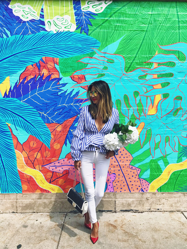 Top Instagrammable places in Chicago, Best place to take instagram photos in chicago, Chicago places to visit to take photos, Jennifer Worman, Best Chicago spots for photos, Best walls for photos chicago