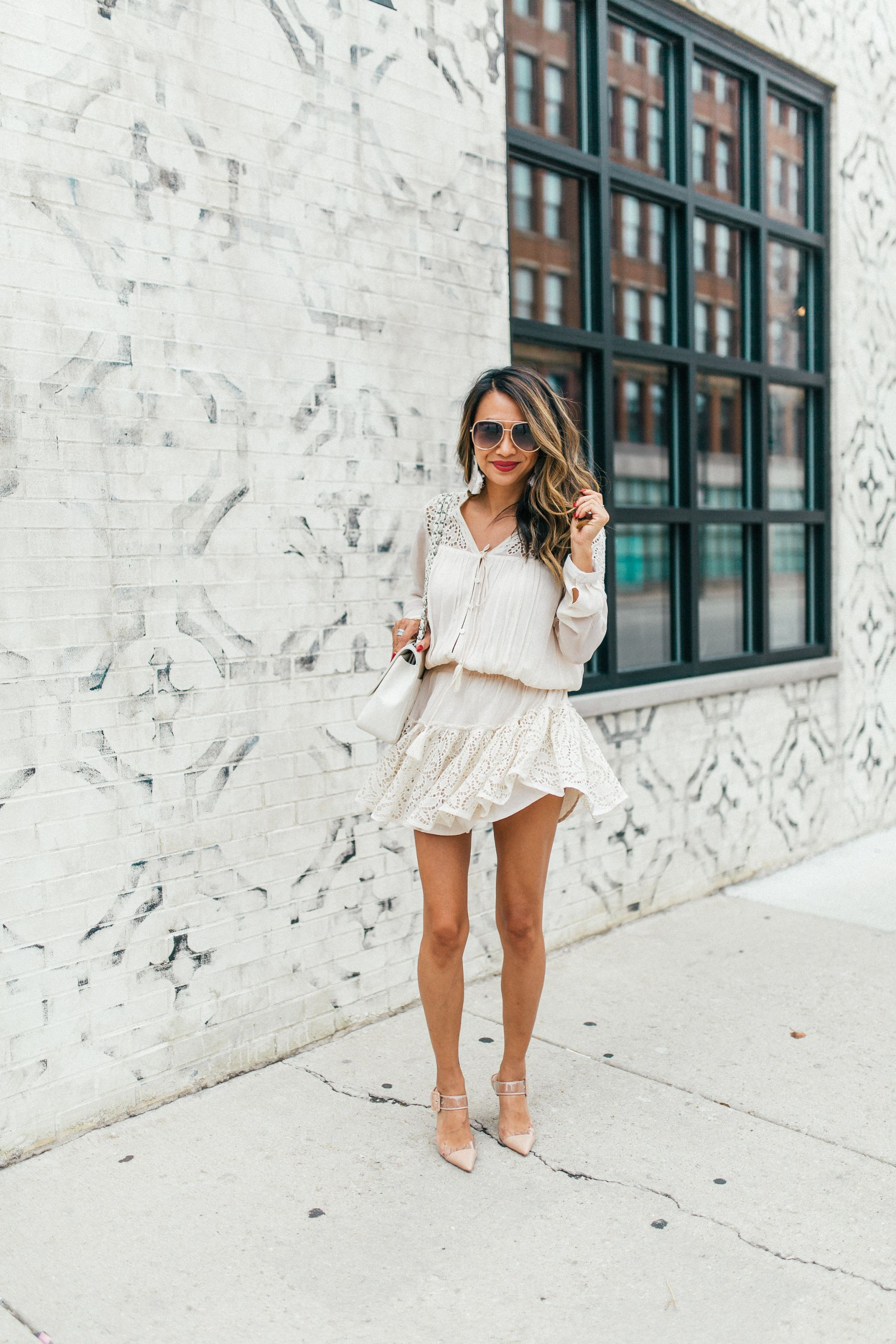 Top Instagrammable places in Chicago, Best place to take instagram photos in chicago, Chicago places to visit to take photos, Jennifer Worman, Best Chicago spots for photos, Bernies Restaurant