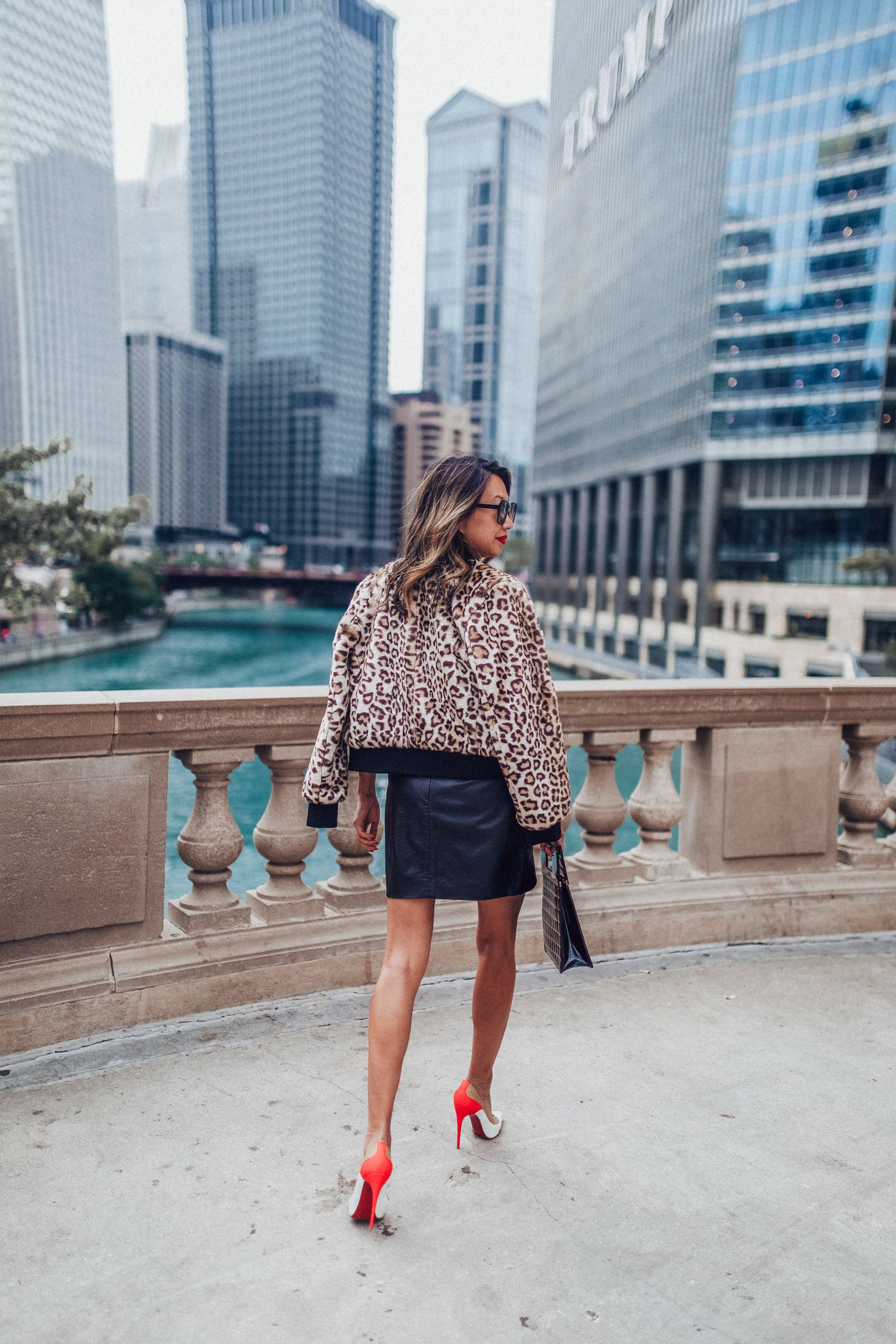 kate spade leopard jacket, best faux fur leopard jacket, fall style with leopard, how to style a leopard jacket, faux fur style, jennifer worman