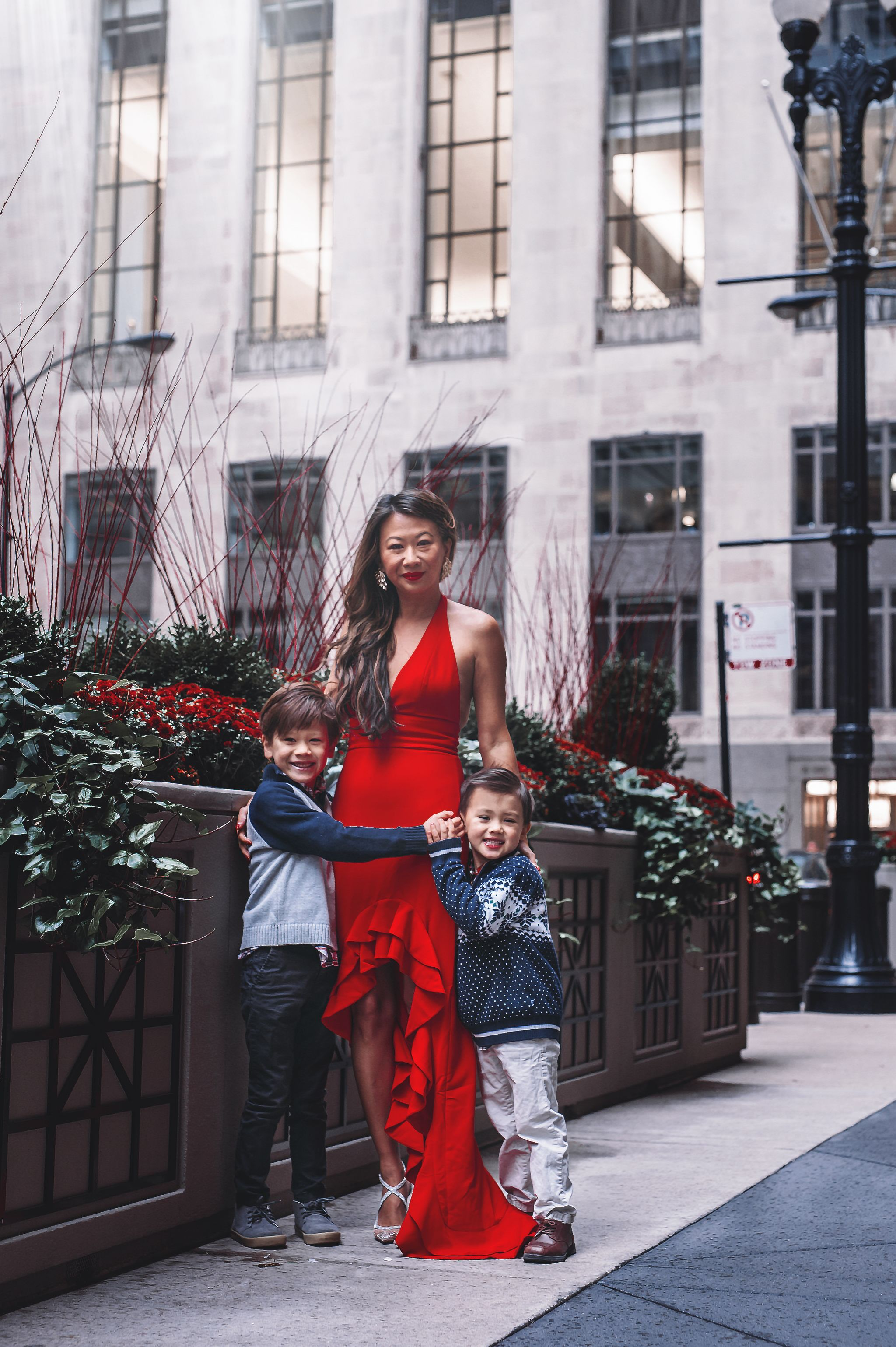 Chicago mom blogger, chicago lifestyle blogger, Brooke Montes, Glimpses by Brooke, Jennifer Worman, Best Holiday photos chicago, Chicago Photographer, Chicago Family Photographer, Best Chicago Photographer