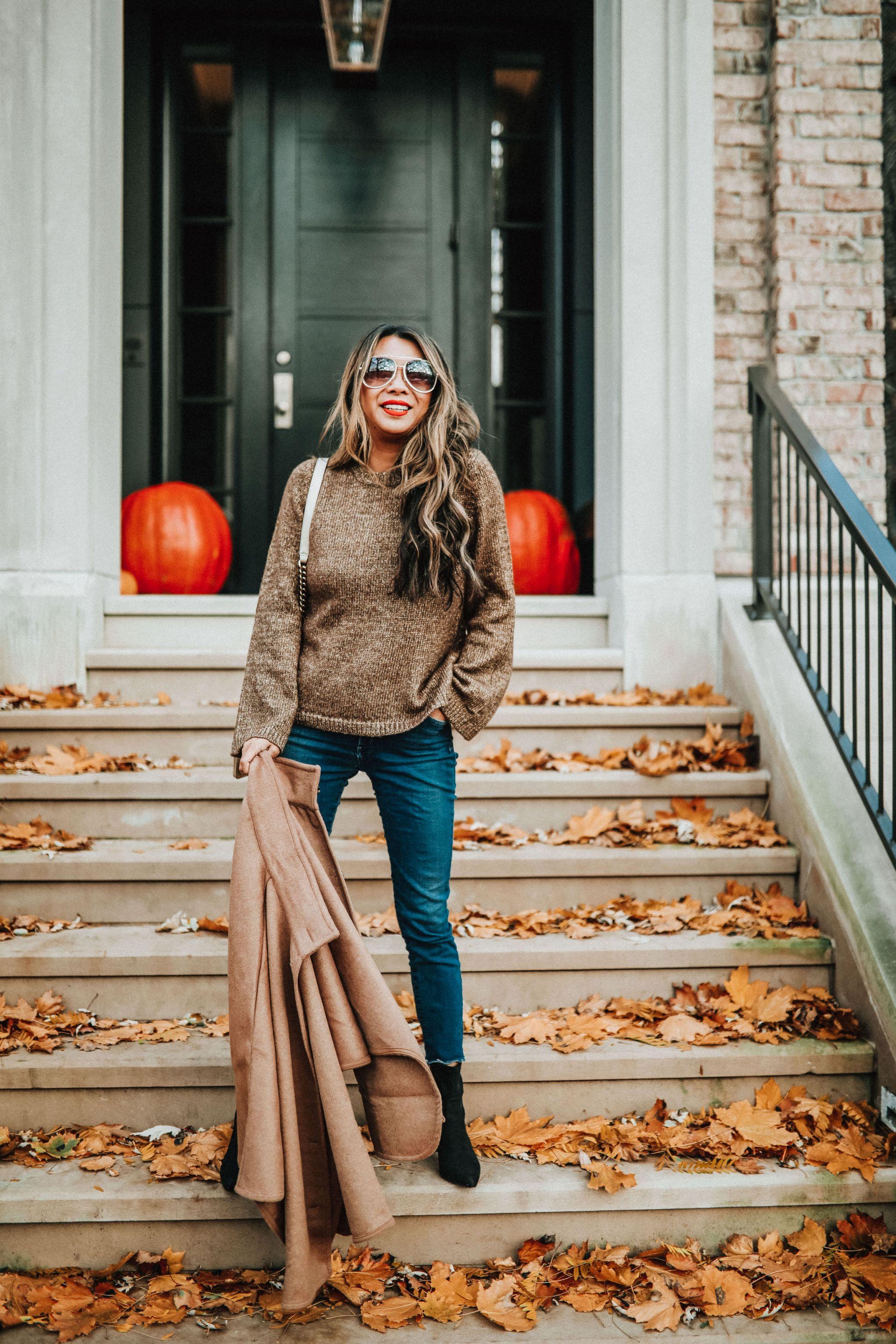 Ann Taylor Metallic Flare Sweater, Metallic Crewneck Sweater, Sweater season in Chicago, How to style a Metallic Sweater, Chicago Style Blogger
