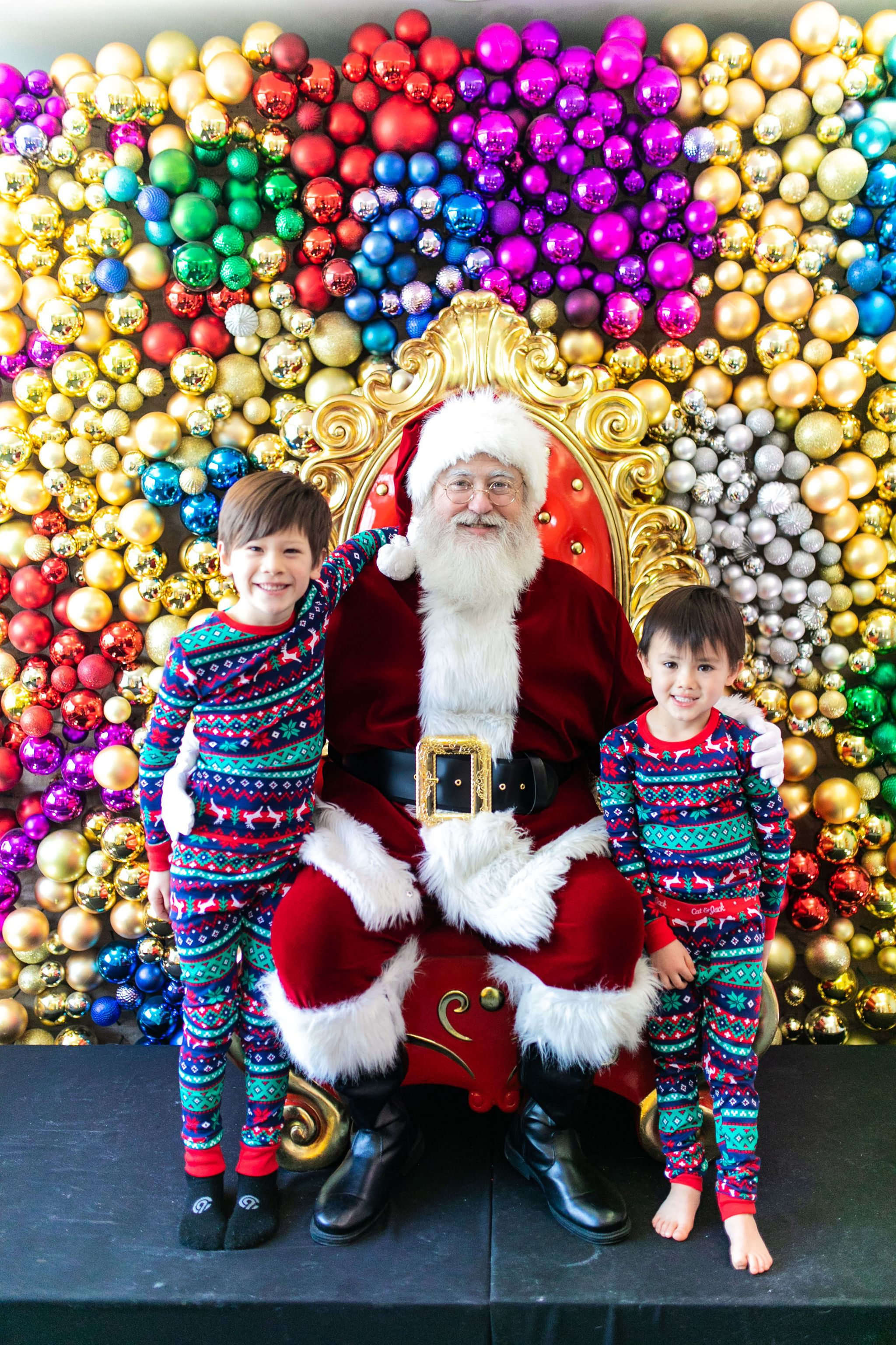 Swissotel Santa Suite, Best Holiday event Chicago, Best Santa Claus Chicago, Jennifer Worman, Best Things to do with Kids for the Holidays Chicago, Chicago Mom Blogger, Chicago Holiday Event
