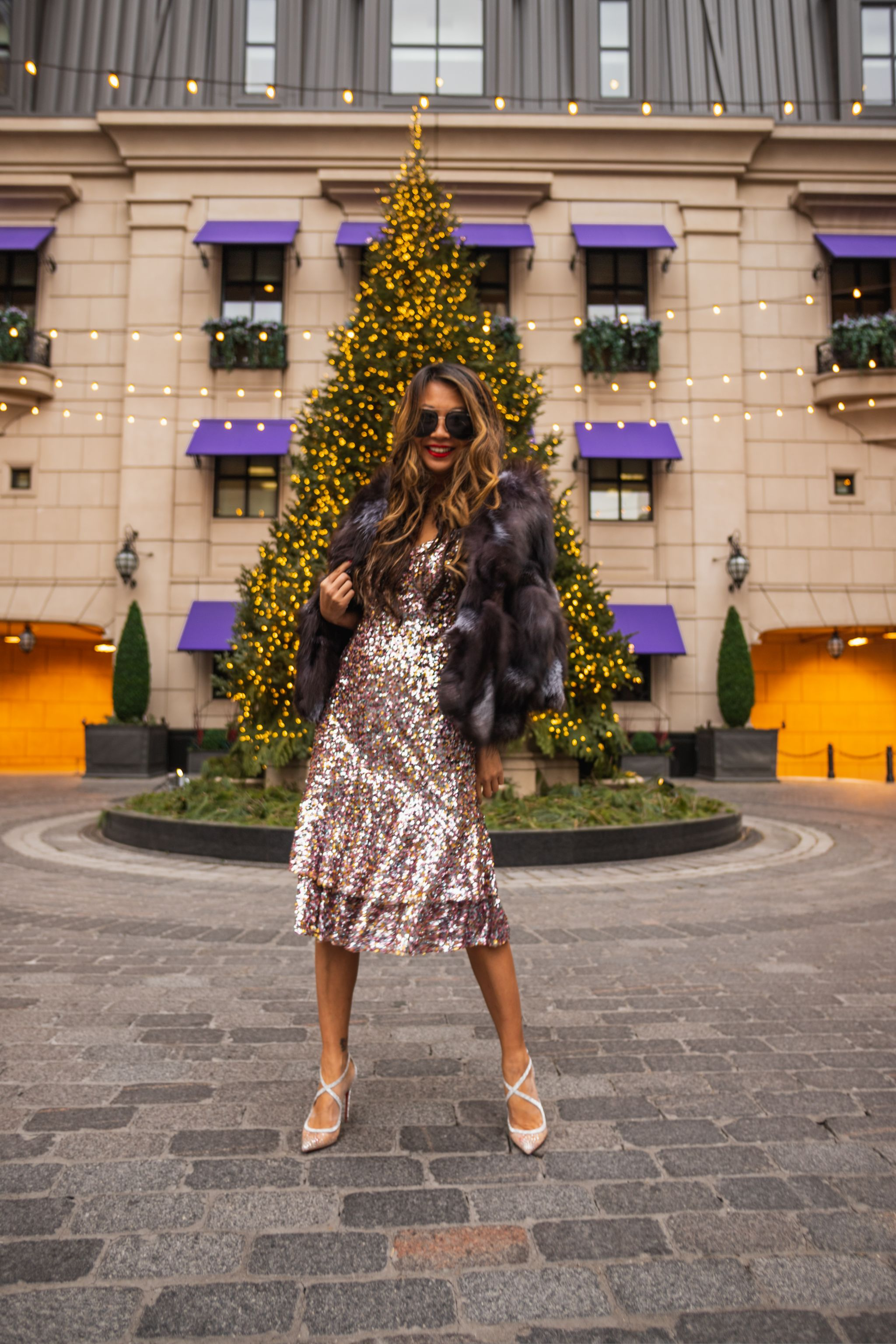 Nordstrom sequin dress, best sequin dress for a steal, new year's eve dress, chicago sequin dress, chicago fashion blogger, style blogger, Jennifer Worman, Nordstrom midi sequin dress