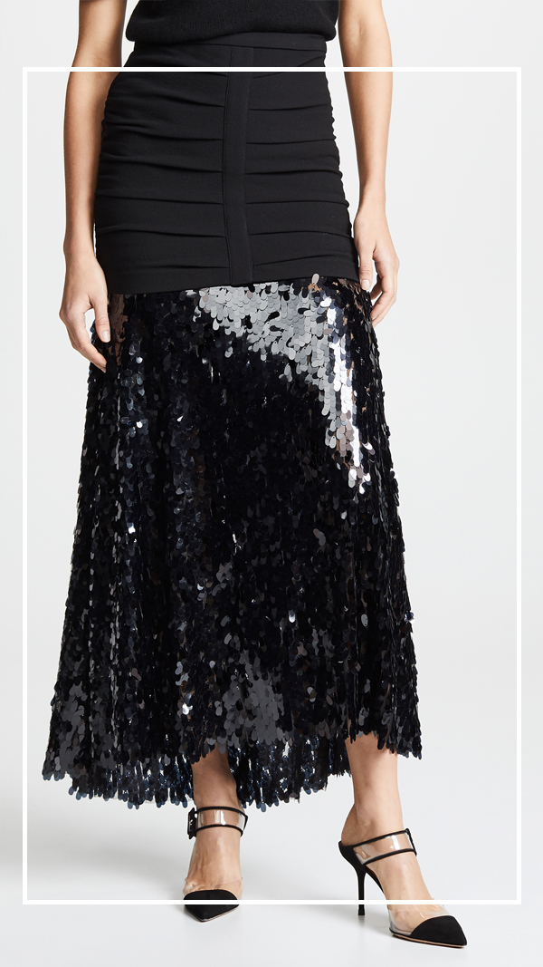 Jennifer worman, chicago blogger, sequin skirt, holiday style, NYE, how to wear sequins, best skirts, fun skirts for women