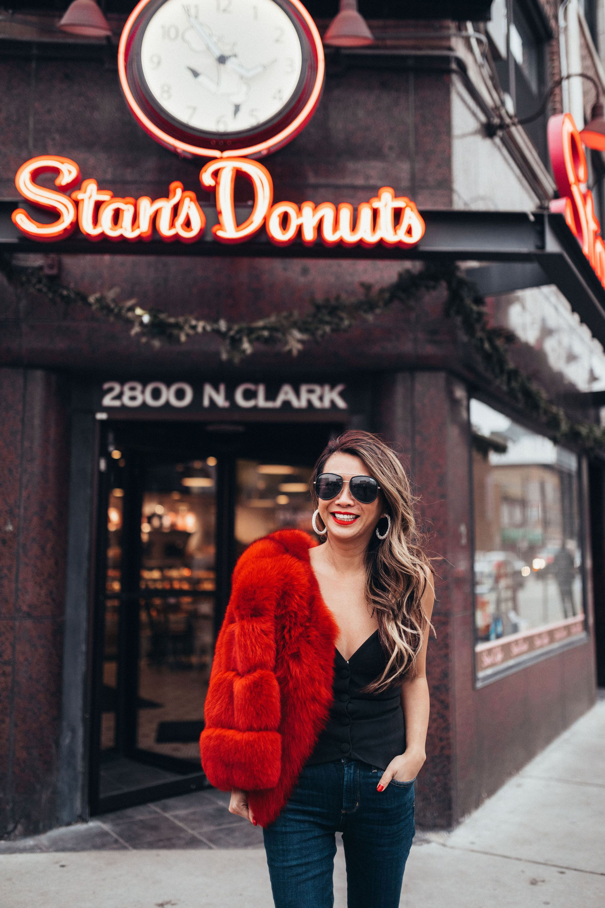 NBD Mikah Top, Revolve Corset Top, Jennifer Worman, GNO outfit, How to style a corset top, Chicago Fashion Blogger, Stan's donuts, Chicago Travel Blogger, Red Fur
