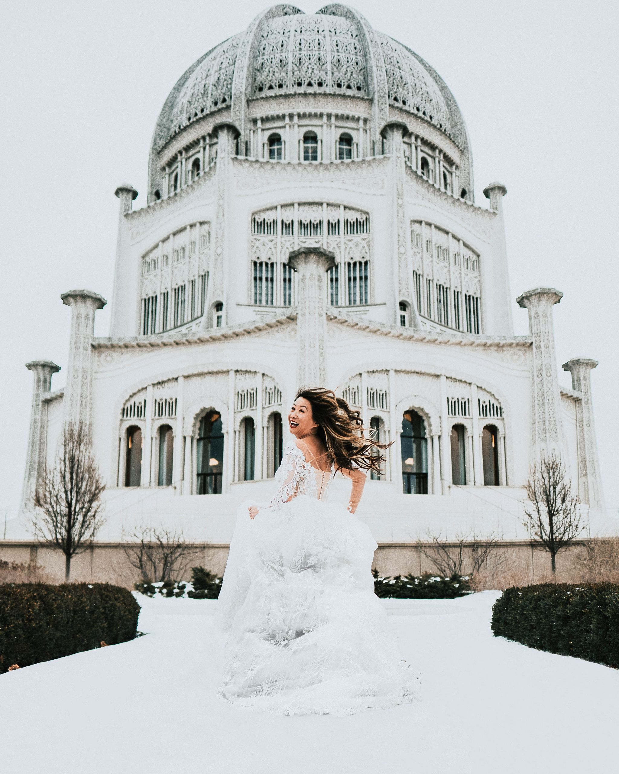 Best places to take photographs at in chicago, 20 things to do before you get married, things you must do before you get married, Viero Bridal Gown, Jennifer Worman