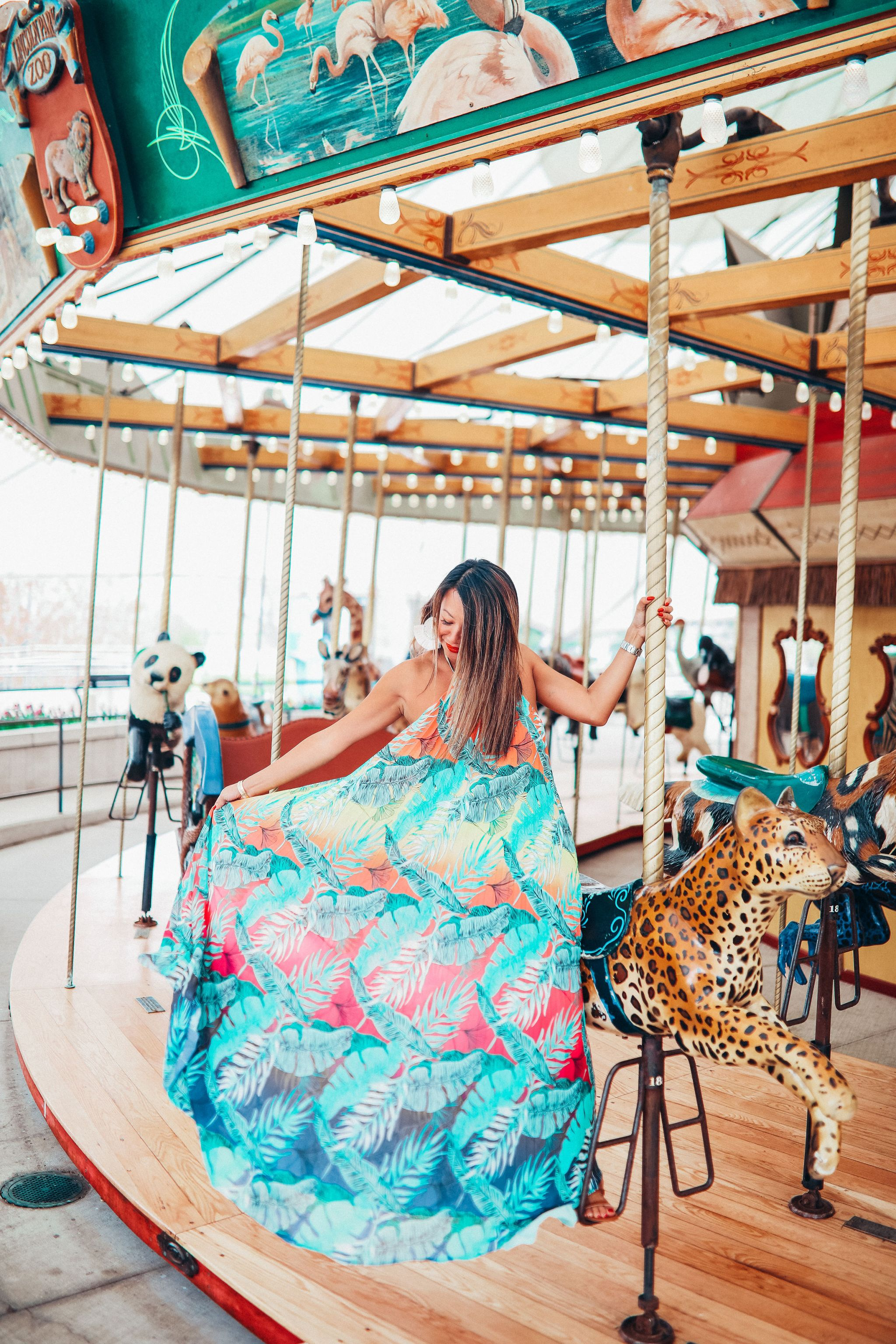 Jennifer Worman, Chicago Fashion Blogger, Where to take photos in Chicago, Chicago mom, Chicago Travel Blogger, Best Summer Style, What to wear to a summer wedding, Maxi Tropical Dress, Style under $100, Akira chicago