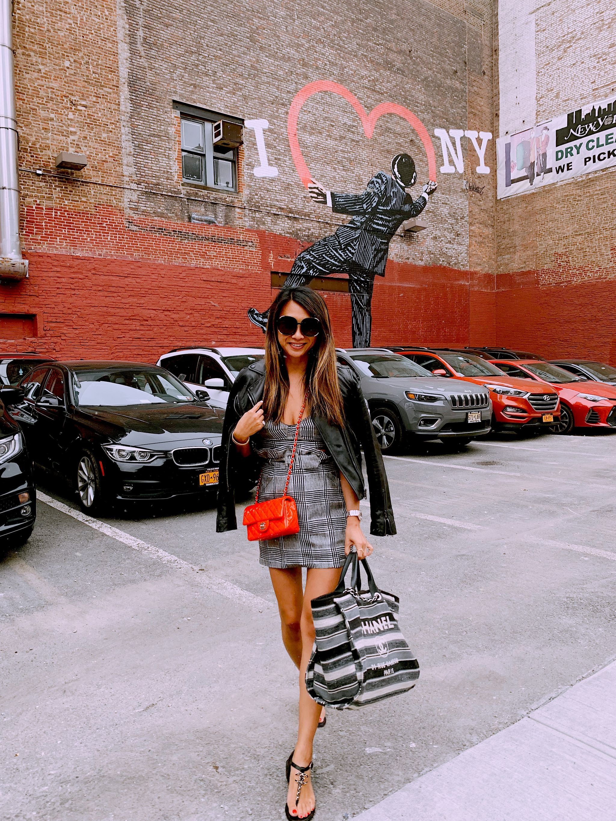 Jennifer Worman, Red Soles and Red Wine, chicago blogger, travel blogger, fashion blogger, outfit ideas, June Recap, monthly recap, June 2019, fashion and lifestyle blog, travel blog, new york travel guide, New York trip, New York girls trip
