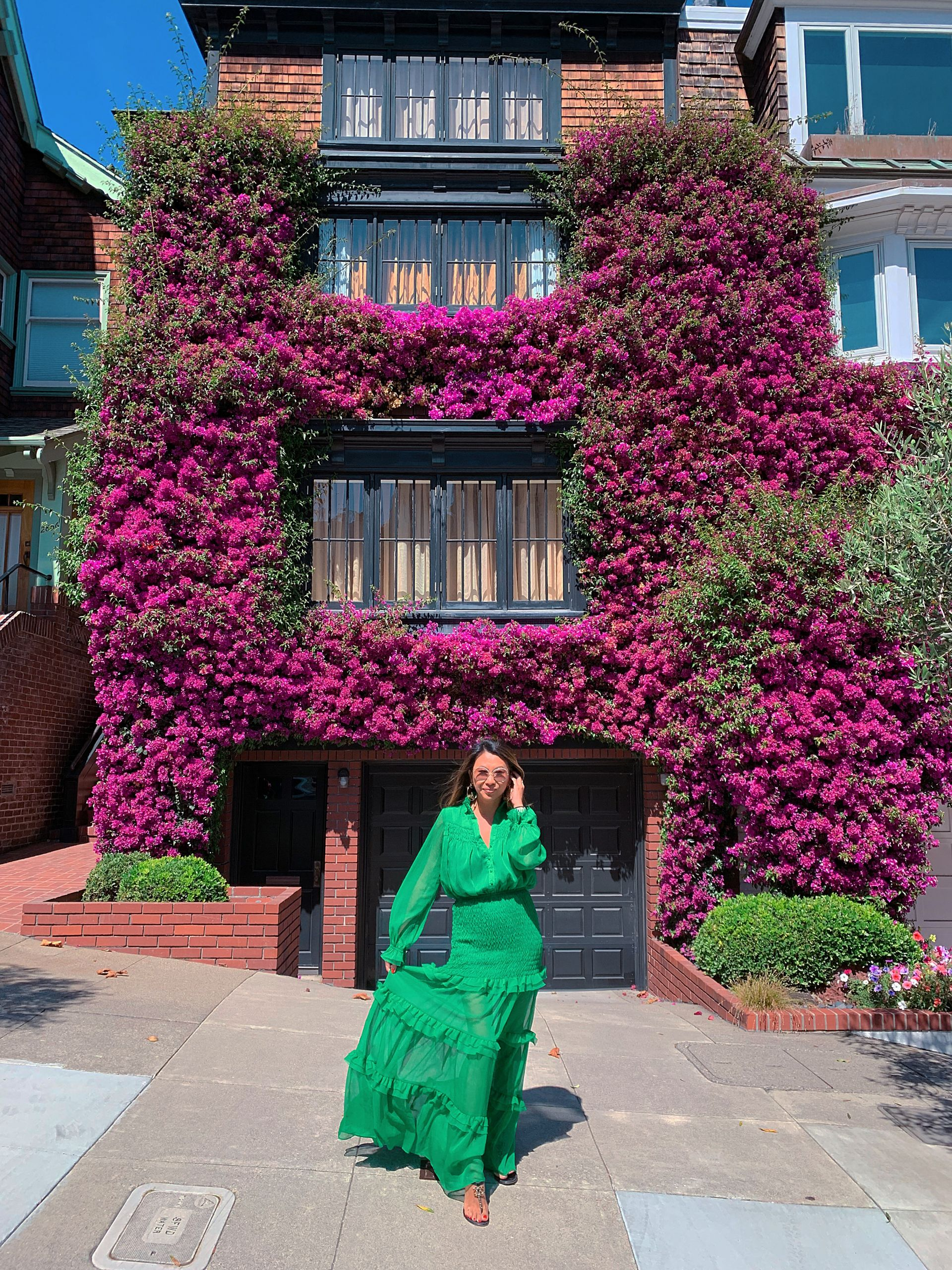 Best bougainvillea house in San Francisco, Best instagram spot San Francisco, Best spot for photos SF, Bougainvillea house, Baker St