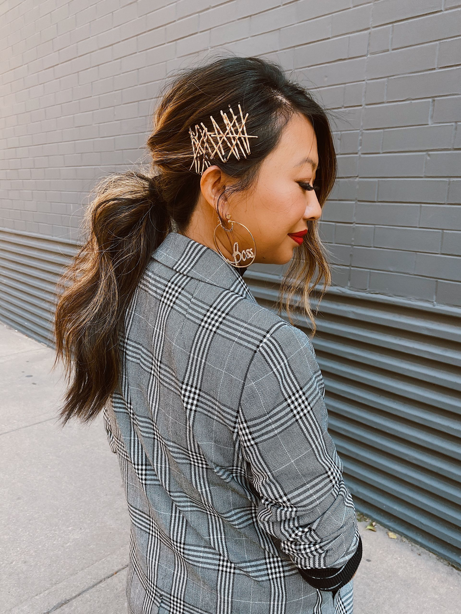 Going out Hair, easy hair styles, best ponytail style, best asian hair, best chicago hair, best hair styles for night, best wave, jennifer worman, chicago beauty blogger, bobby pin inspiration hairstyles, bobby pin ponytail