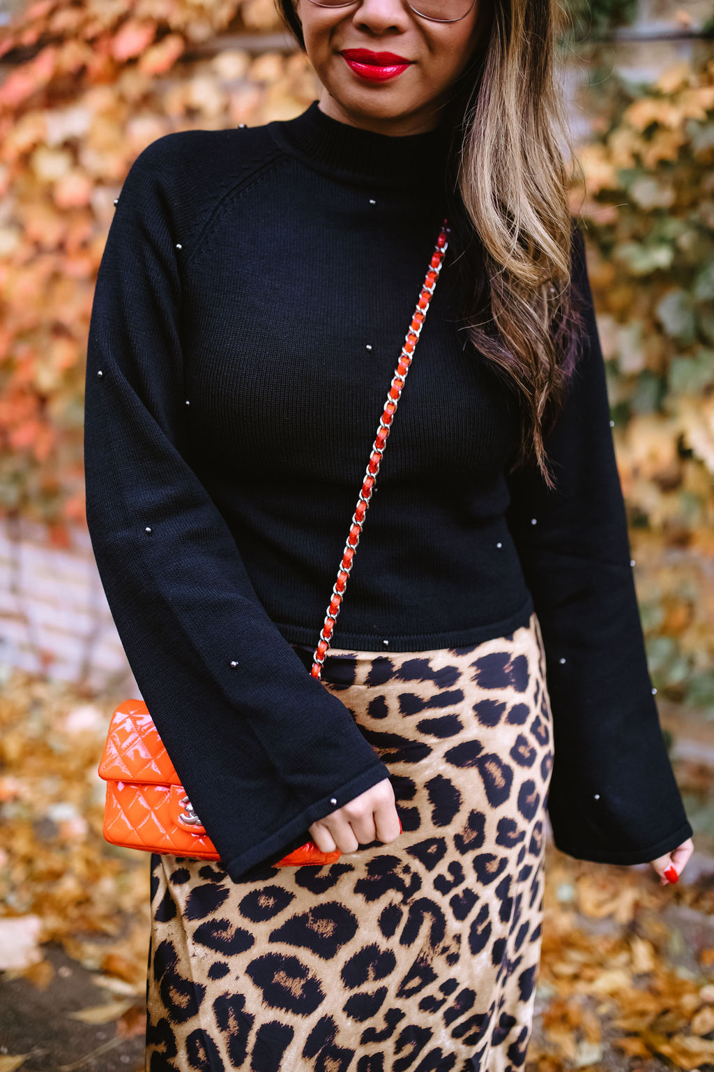 Jennifer Worman, Red Soles and Red Wine, revolve finds under $150, sweaters from revolve all under $150, Fall styles, fall outfit ideas, sweaters under $150, best sweaters under $150, 9 must-have sweaters under $150, revolve babe, fall 2019 must haves, fall 2019 style, mom style, chicago blogger NBD Jeff Sweater