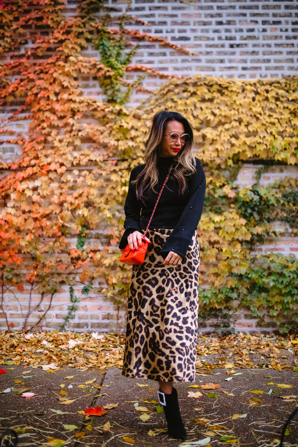 Jennifer Worman, Red Soles and Red Wine, revolve finds under $150, sweaters from revolve all under $150, Fall styles, fall outfit ideas, sweaters under $150, best sweaters under $150, 9 must-have sweaters under $150, revolve babe, fall 2019 must haves, fall 2019 style, mom style, chicago blogger