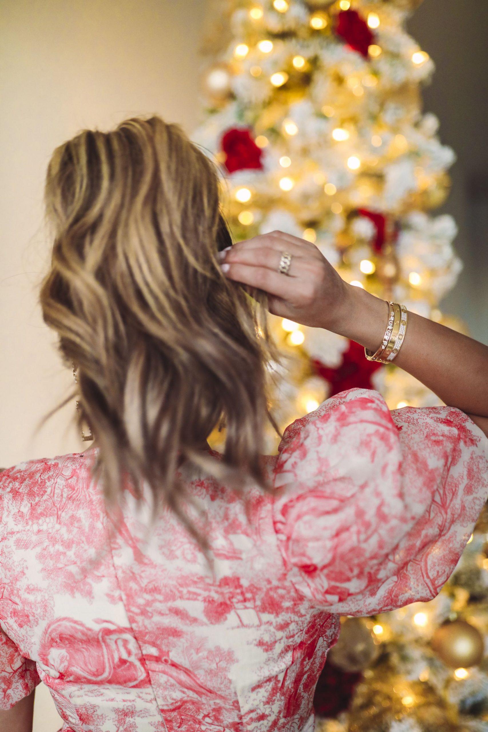 Stephanie Gottlieb, slider bracelet, gift ideas for her, gift guide for her, charm bracelet, charm bracelet gift ideas, personalized bracelet gifts, meaningful bracelet gift idea, personalized jewelry gifts, best personalized jewelry, simple charm bracelet gift idea, best instagram jewelry, cartier bracelet stack, slider bracelet stack, personalized jewelry, diamond affordable bracelet