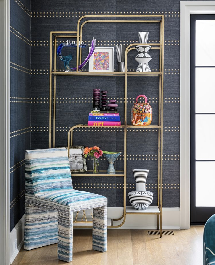 gold bookcase styling, glam shelf styling, bookcase styling, bookshelf styling, shelf styling, shelfie, shelf styling ideas, bookcase styling ideas, shelf style ideas, interior design ideas, interior design inspiration