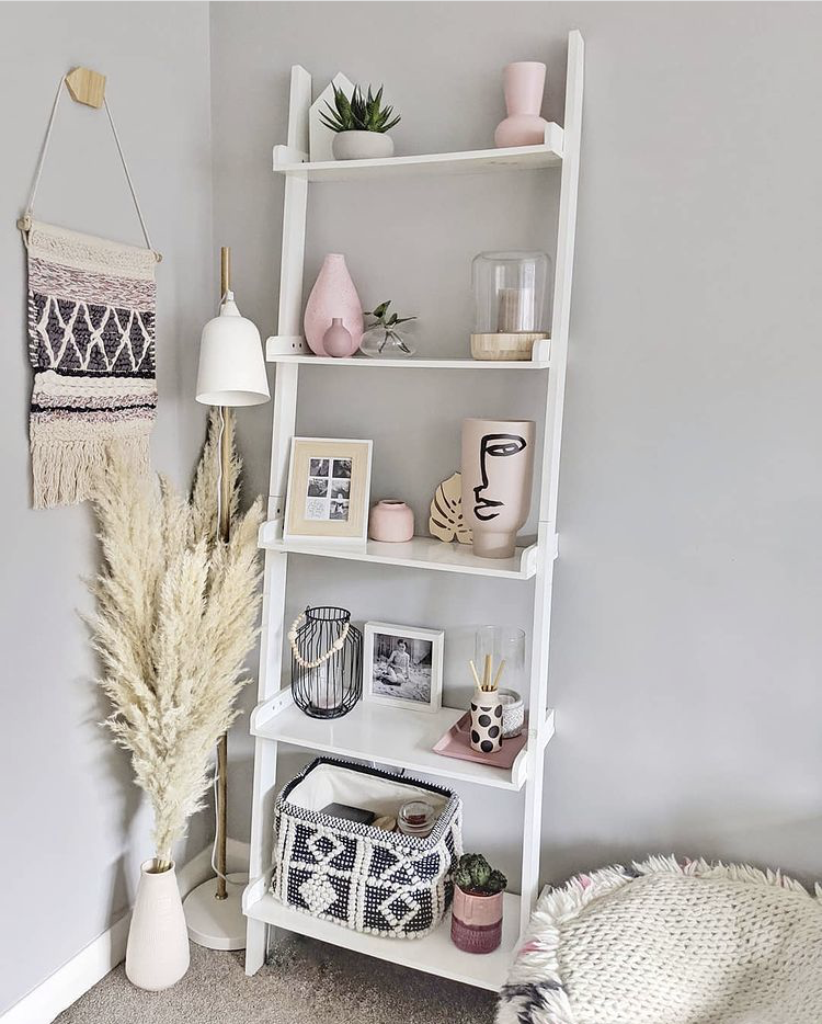 white ladder shelf styling, bookcase styling, bookshelf styling, shelf styling, shelfie, shelf styling ideas, bookcase styling ideas, shelf style ideas, interior design ideas, interior design inspirationladder bookcase styling ideas, ladder shelf styling ideas,