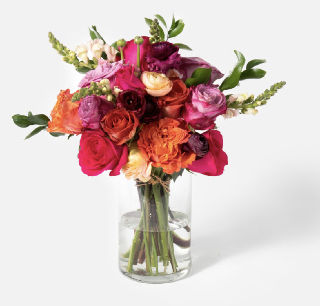UrbanStems Flower Subscription Service, flower subscription service, flower gift ideas, best flower subscription gift, Mother's Day gift ideas, Mother's Day gift guide, flower gifts for Mother's Day, bouquet for Mother's Day