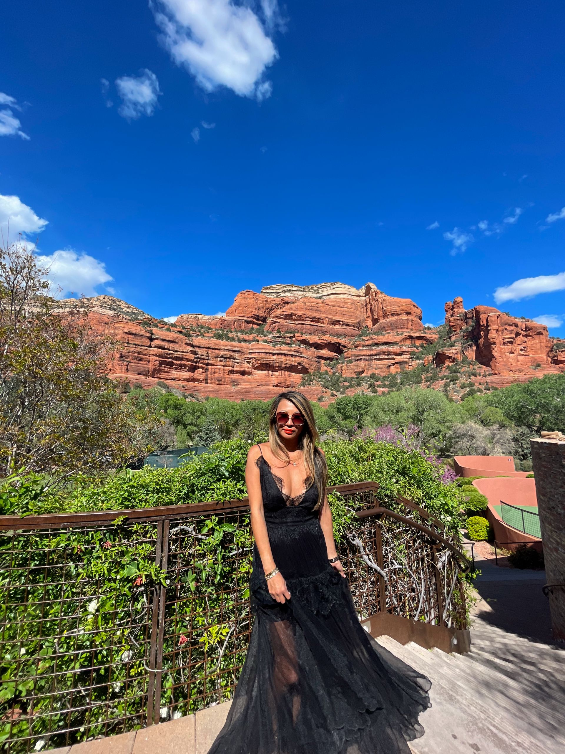 Enchantment Resort, Sedona's Boynton Canyon, Sedona Resort, Sedona Travel Itinerary, SedonaTravel Guide, Tips for Your FirstSedonaTrip,A Weekend Guide toSedona, Guide to Sedona, 2 days in Sedona, Sedona desertphotography, desert photographyideas, Jen Worman, Red Soles and Red Wine