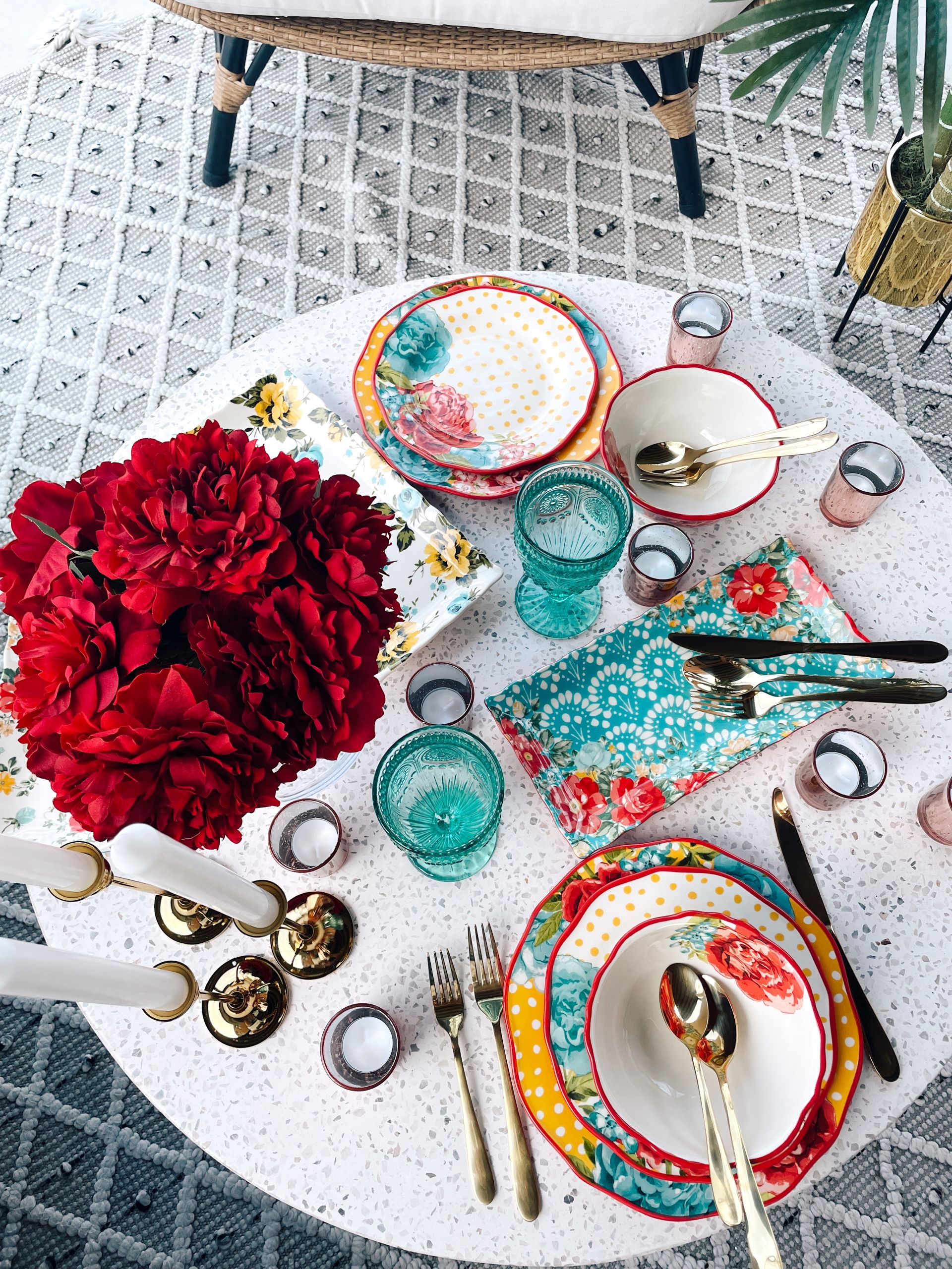 Summer Patio Home Entertaining Finds from Walmart, outdoor party table setting, vibrant tablescape, Summer table decor, Summer dinner party ideas, patio table settings, outdoor table settings, red white and blue party decor, affordable vibrant table top ideas, summer tabletop ideas, egg chair styling, Walmart home decor patios, Walmart patio finds, Pioneer women dinnerware set